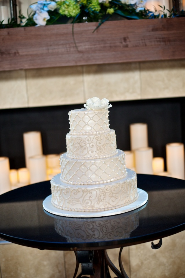 Frosted Art Wedding Cake