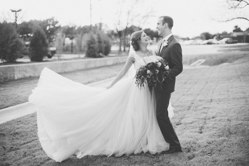 View More: http://lindsaydavenportphotography.pass.us/milius-for-vendors